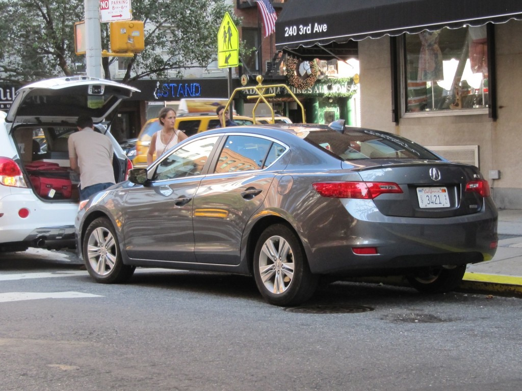 2013 Acura ILX Hybrid, New York City, July 2012