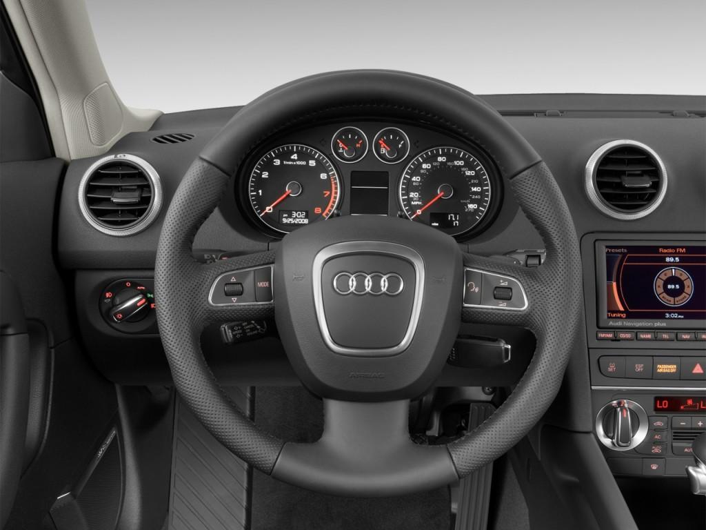 2013 Audi A3 4-door HB S tronic FrontTrak 2.0T Premium Steering Wheel