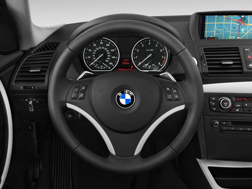 image: 2013 bmw 1-series 2-door coupe 135i steering wheel, size