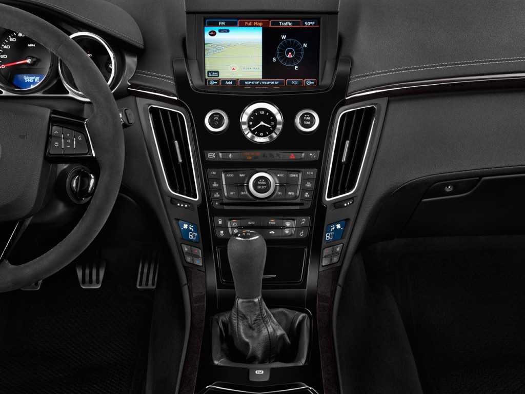 Image: 2013 Cadillac CTS-V 2-door Coupe Instrument Panel ...