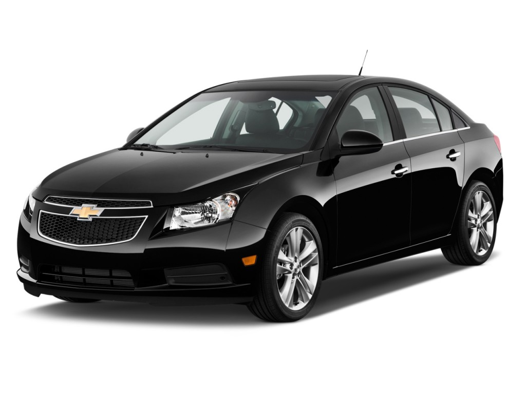 2013 Chevrolet Cruze 4-door Sedan LTZ Angular Front Exterior View