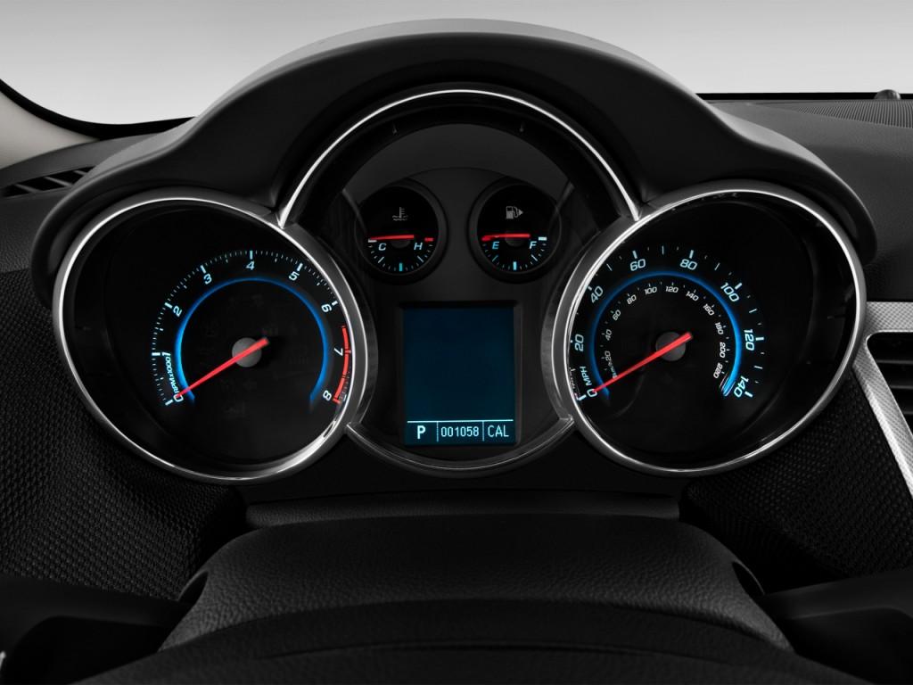 Image 2013 Chevrolet Cruze 4 Door Sedan Ltz Instrument