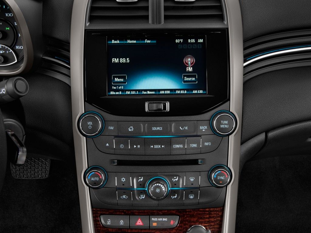 image 2013 chevrolet malibu 4 door sedan eco w 1sa audio system size 1024 x 768 type gif. Black Bedroom Furniture Sets. Home Design Ideas