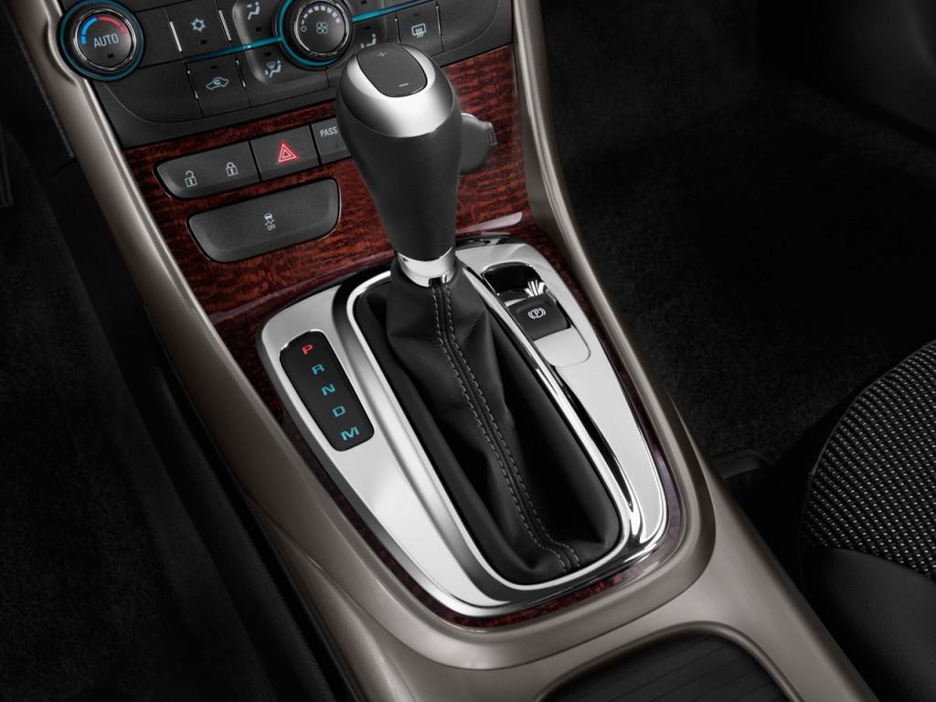 image 2013 chevrolet malibu 4 door sedan eco w 1sa gear shift size 1024 x 768 type gif. Black Bedroom Furniture Sets. Home Design Ideas
