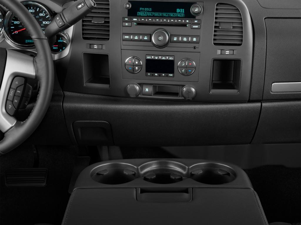 Image: 2013 Chevrolet Silverado 2500HD 4WD Crew Cab 153.7 ...