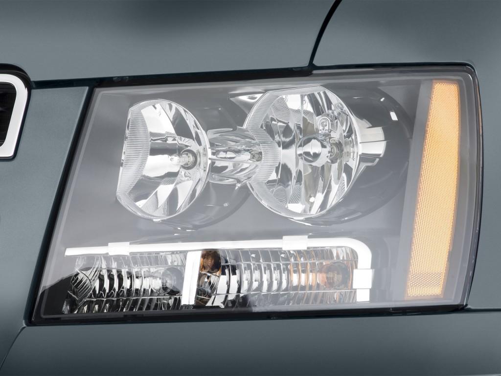Image 2013 Chevrolet Tahoe 2wd 4 Door 1500 Lt Headlight