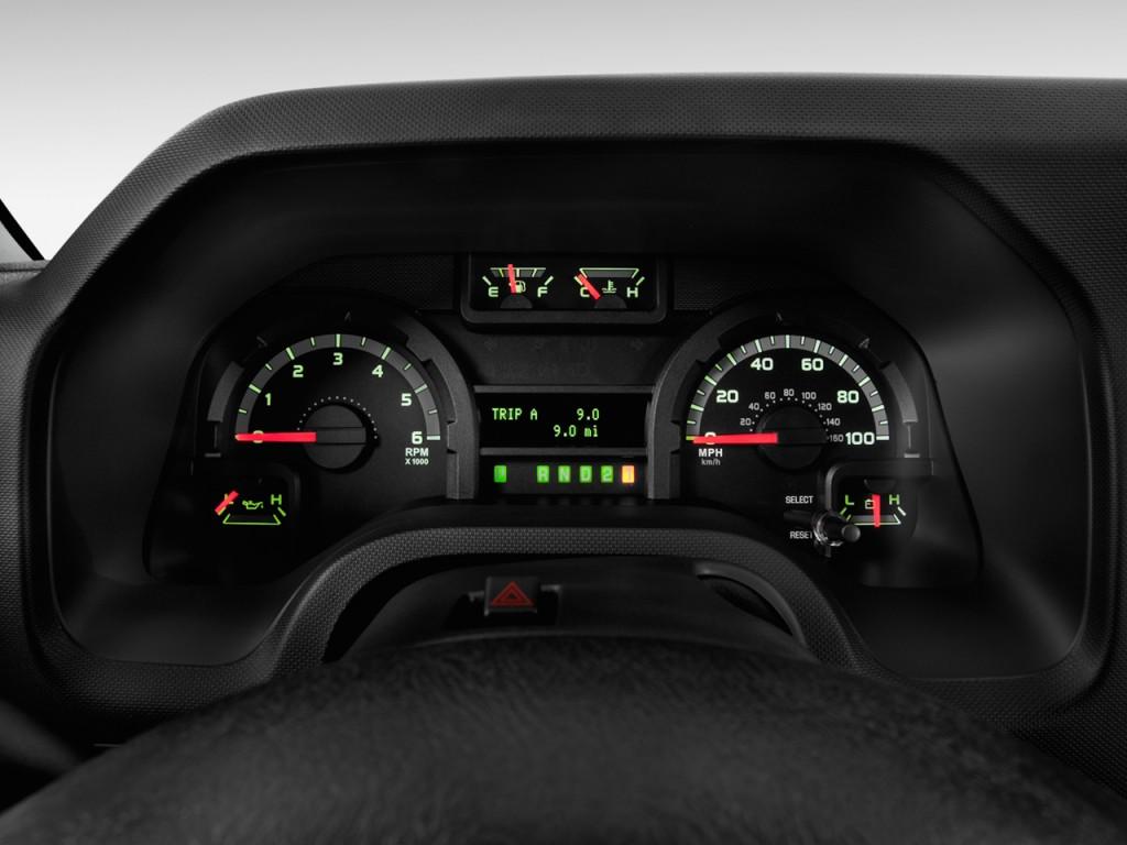 Image 2013 Ford Econoline Wagon E 150 Xlt Instrument