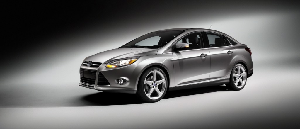 2013 ford focus five stars and one of the safest compact cars. Black Bedroom Furniture Sets. Home Design Ideas