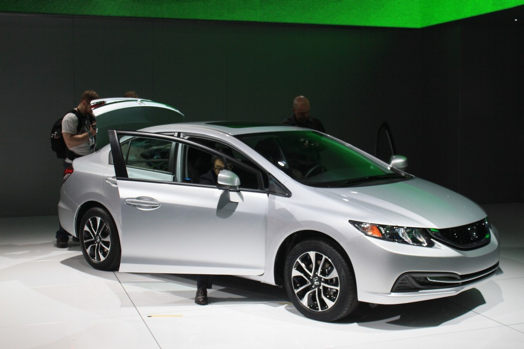 2013 Honda Civic sedan range live photos, 2012 L.A. Auto Show
