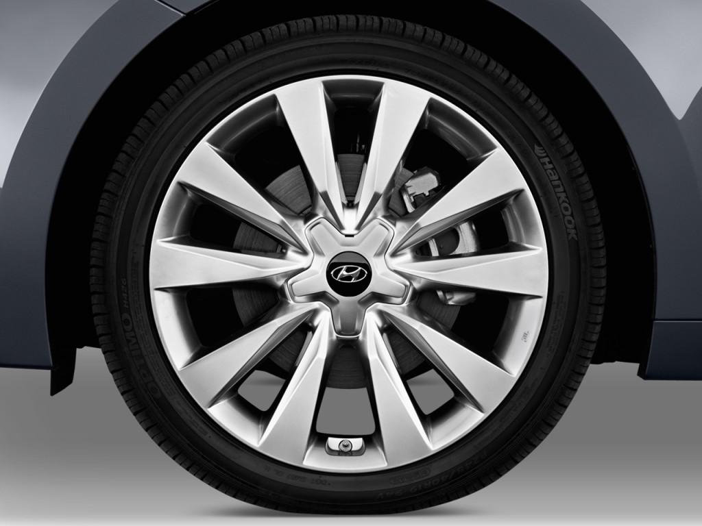Image 2013 Hyundai Azera 4 Door Sedan Wheel Cap Size