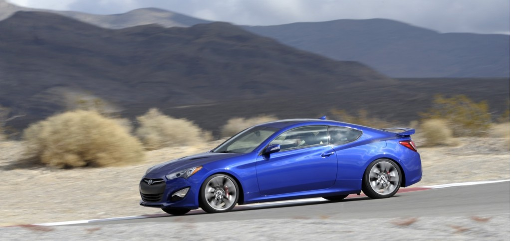 2013 Hyundai Genesis Coupe, Simraceway, Ferrari: Today's Car News