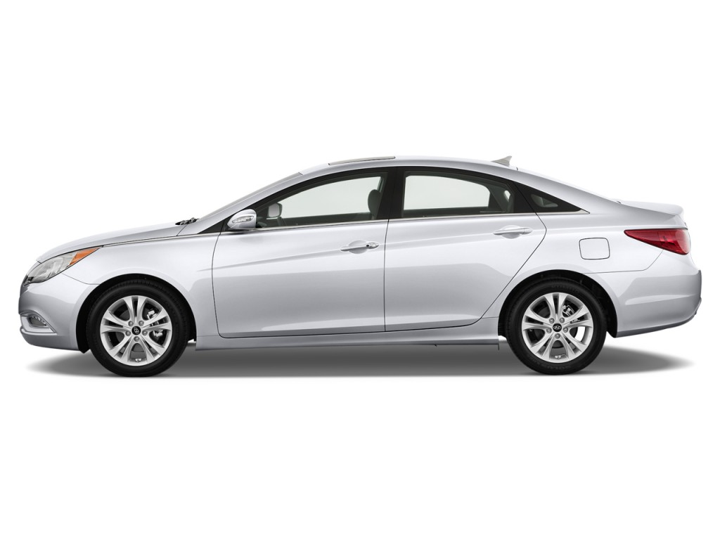 2013 Hyundai Sonata 4-door Sedan 2.4L Auto Limited Side Exterior View