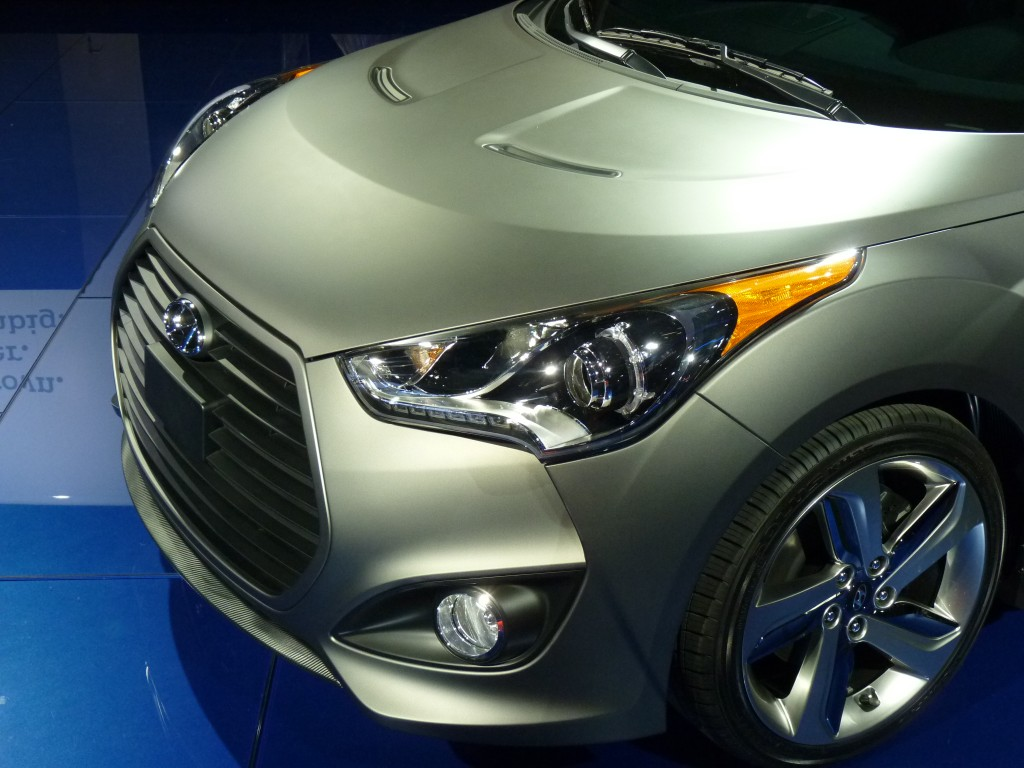 image 2013 hyundai veloster turbo 2012 detroit auto. Black Bedroom Furniture Sets. Home Design Ideas