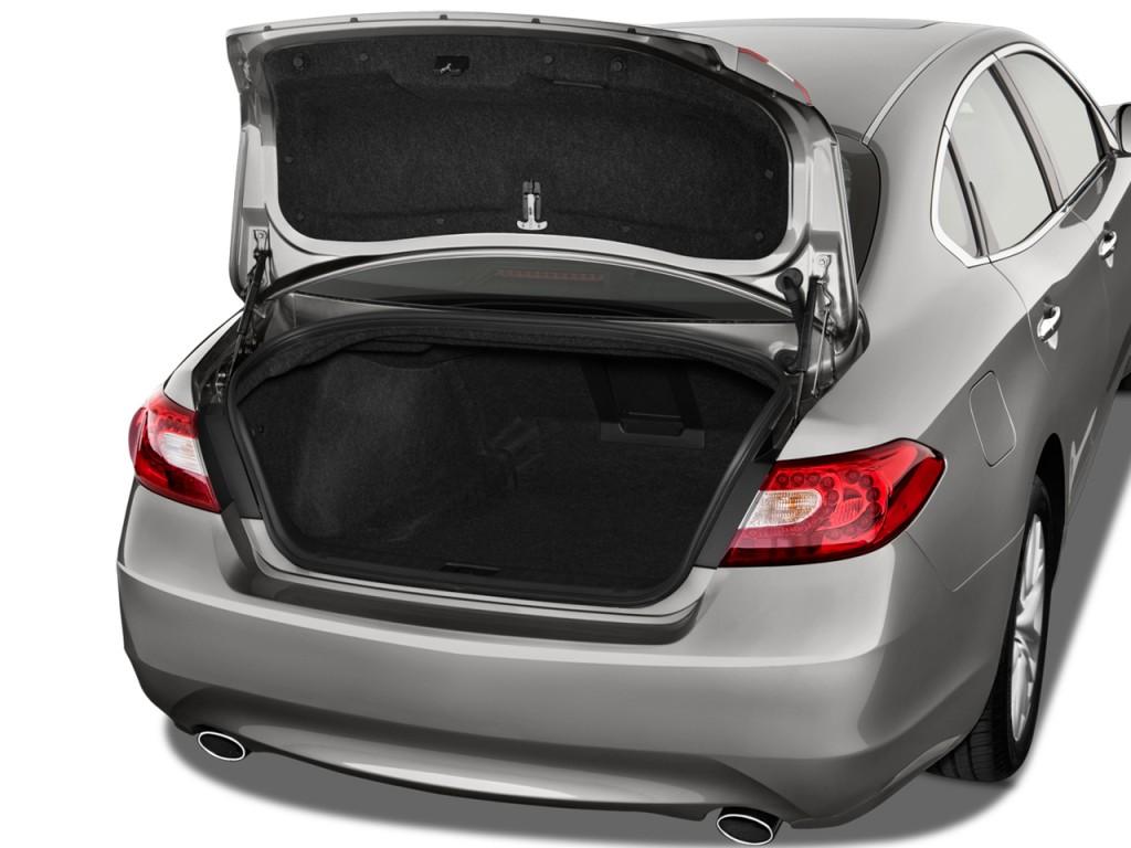 2013 infiniti m35h 4 door sedan rwd hybrid trunk