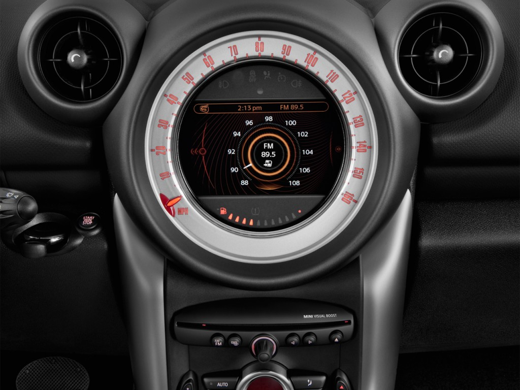 image 2013 mini cooper countryman fwd 4 door audio system. Black Bedroom Furniture Sets. Home Design Ideas