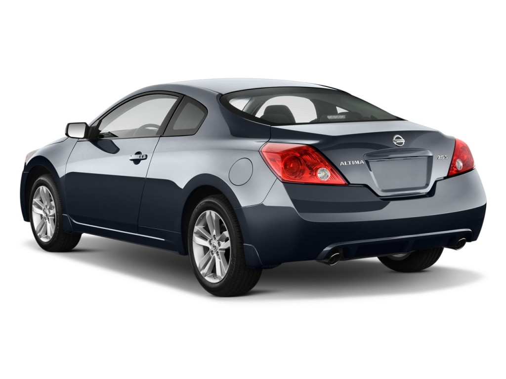 image 2013 nissan altima 2 door coupe i4 2 5 s angular rear exterior view size 1024 x 768. Black Bedroom Furniture Sets. Home Design Ideas
