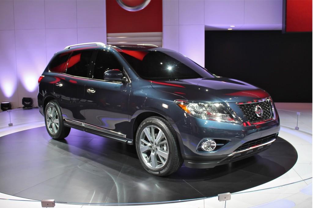 2012 Nissan Pathfinder Concept: 2012 Detroit Auto Show Video