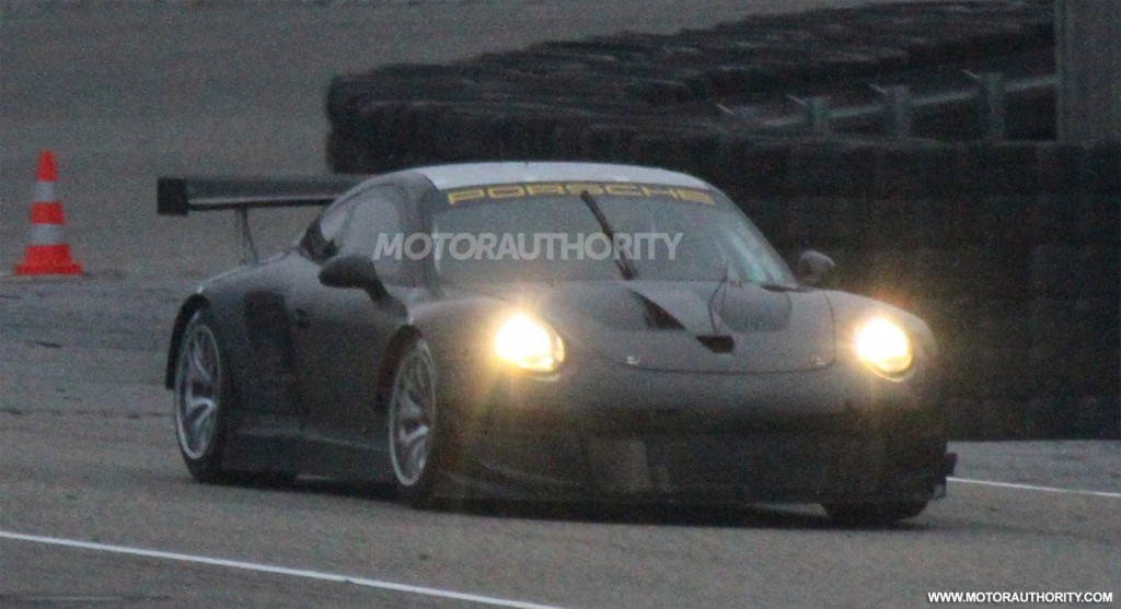 2013 Porsche 911 GT3 RSR (Type 991) race car spy shots