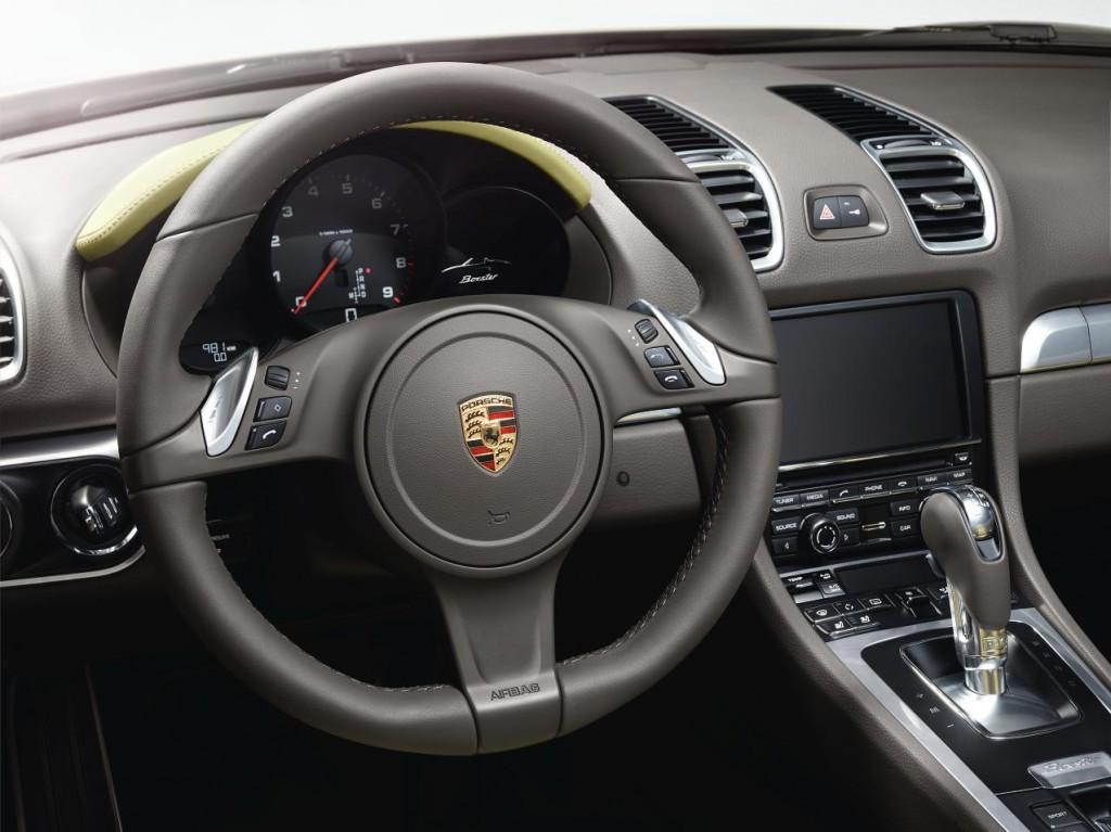 2013 Porsche Boxster interior