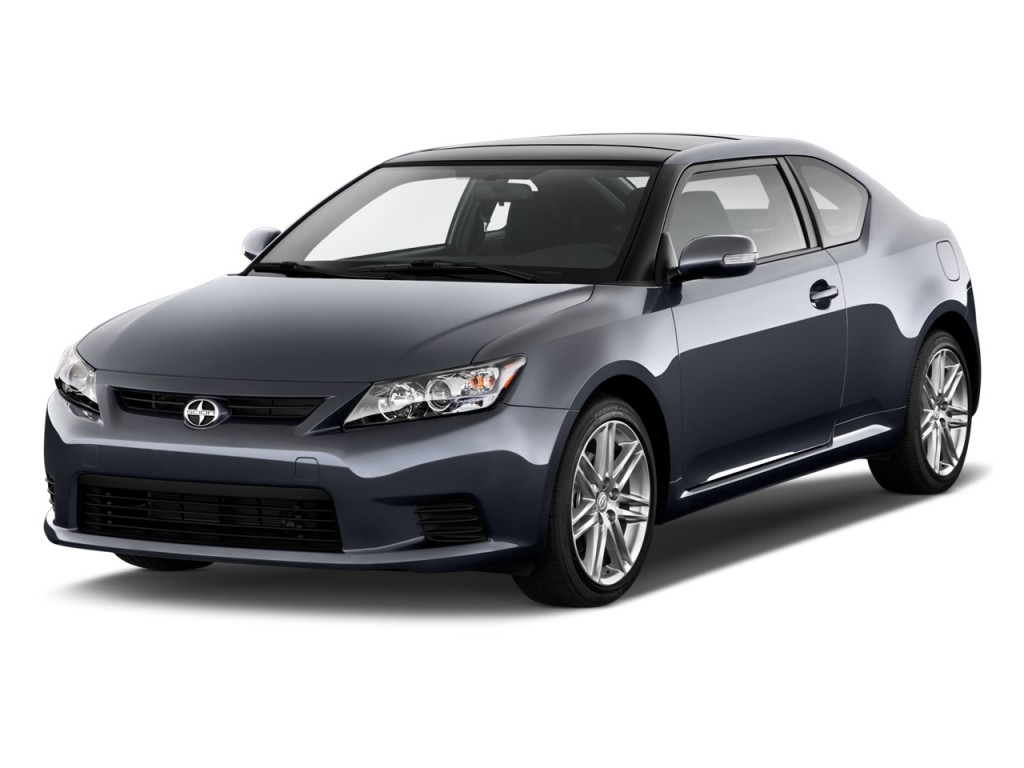 2013 Scion tC 2-door HB Man (Natl) Angular Front Exterior View