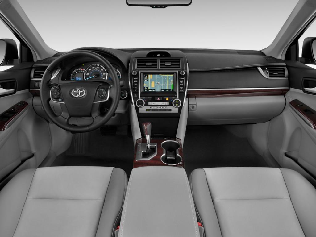 image 2012 toyota camry 4 door sedan i4 auto xle natl steering Car