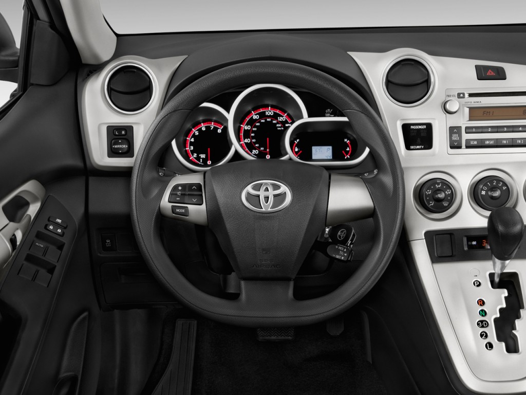 2013 Toyota Matrix 5dr Wagon Man S FWD (Natl) Steering Wheel