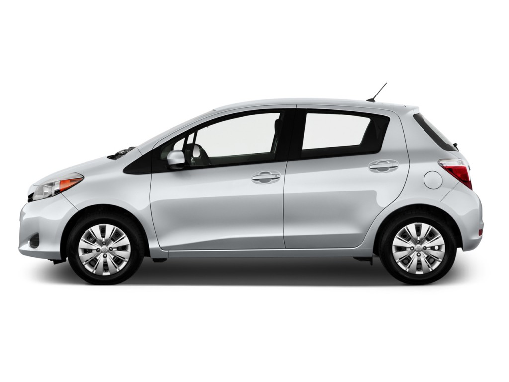 2013 Toyota Yaris 5dr Liftback Auto LE (Natl) Side Exterior View