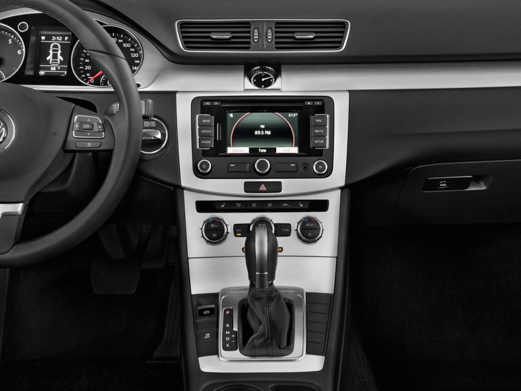 image  volkswagen cc  door sedan sport  instrument panel size    type gif