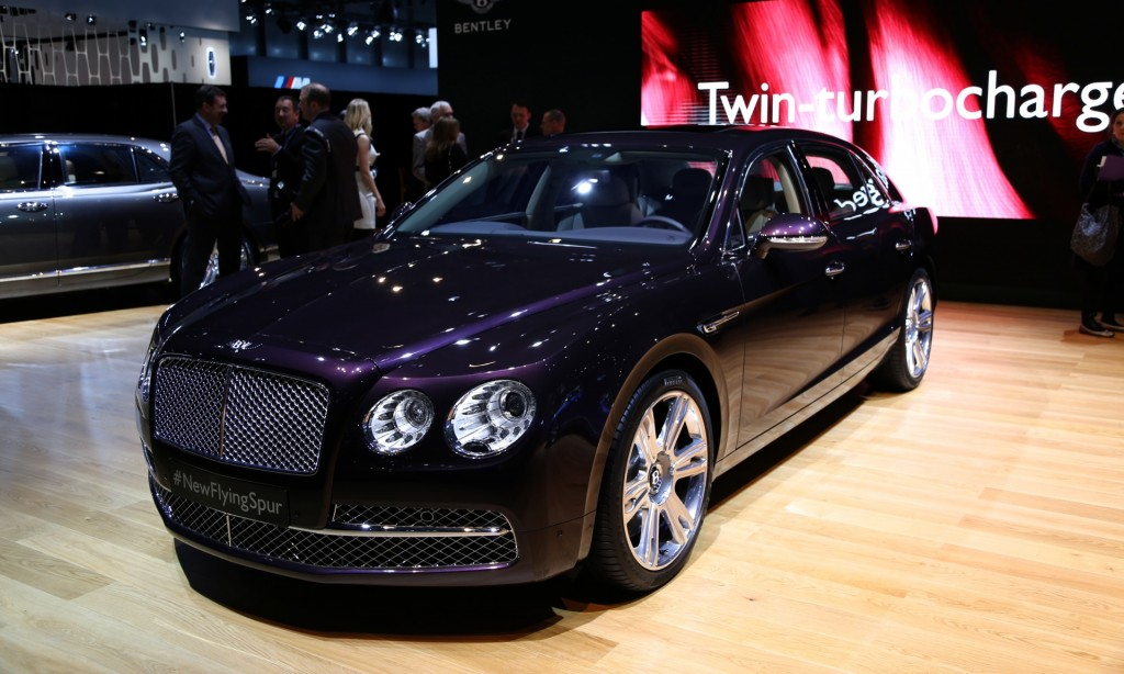 flying spur video preview new york auto show 2014 bentley flying spur. Black Bedroom Furniture Sets. Home Design Ideas