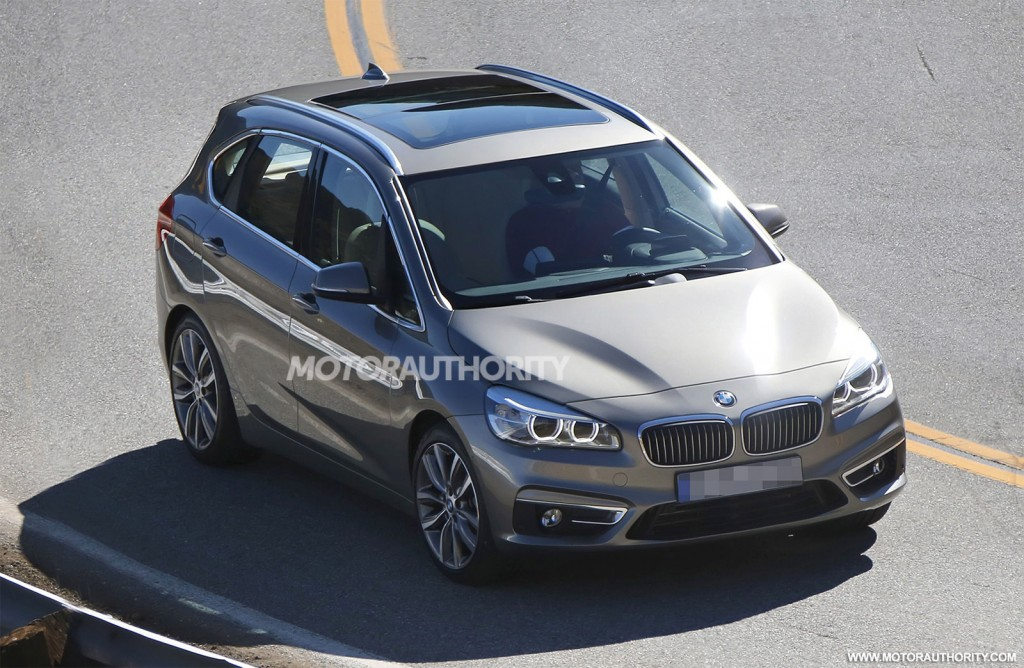 2014 BMW 2-Series Active Tourer spy shots