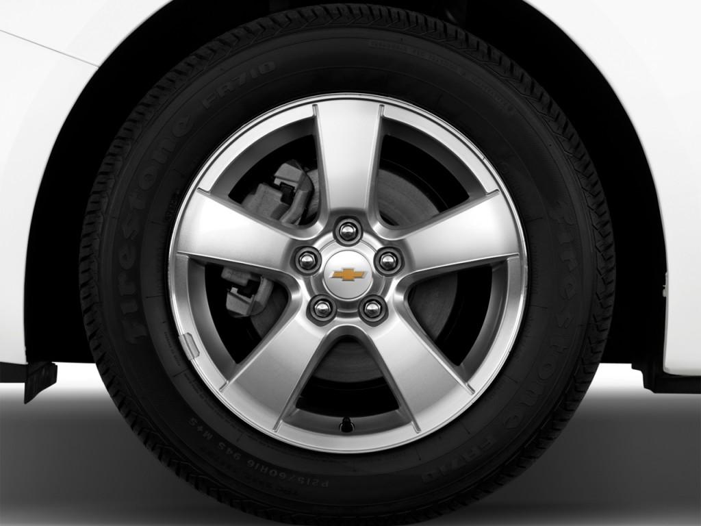 cruze wheel 1lt sedan chevrolet cap door