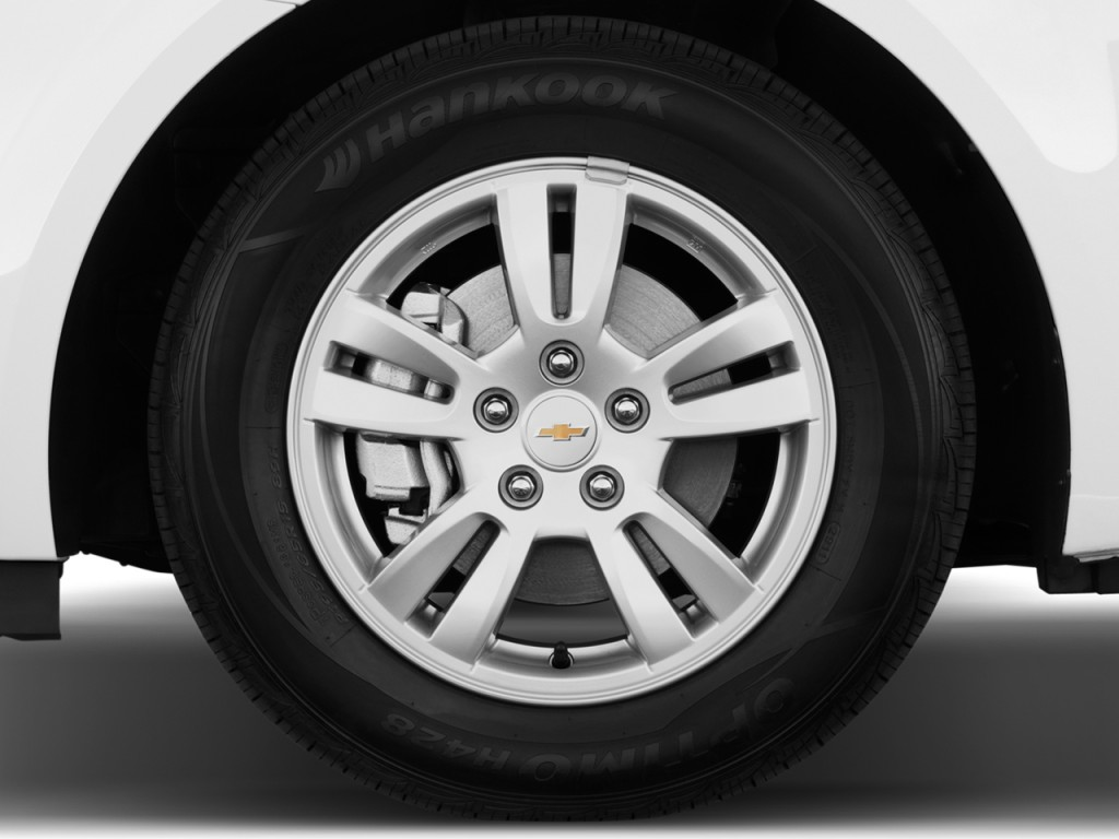 2014 Chevrolet Sonic 4-door Sedan Auto LT Wheel Cap