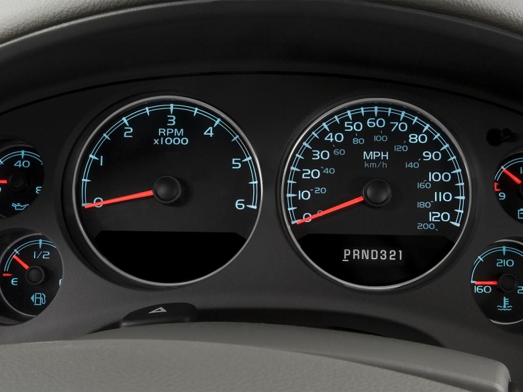 2014 Chevrolet Suburban 2WD 4-door LS Instrument Cluster