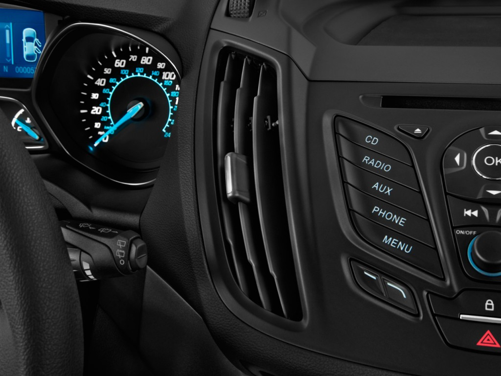 Image: 2014 Ford Escape FWD 4-door S Air Vents, size: 1024 ...