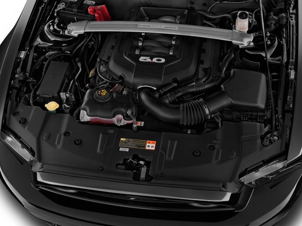 Image 2014 ford mustang 2 door convertible gt engine for Ford mustang motor sizes
