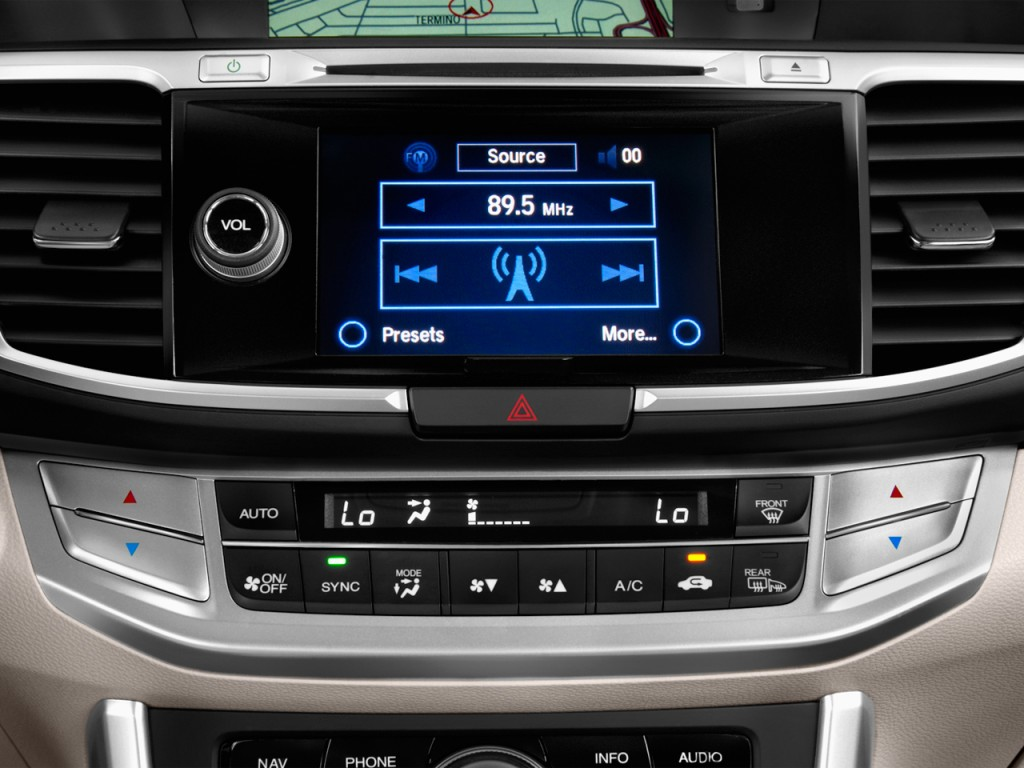 image 2014 honda accord hybrid 4 door sedan audio system. Black Bedroom Furniture Sets. Home Design Ideas