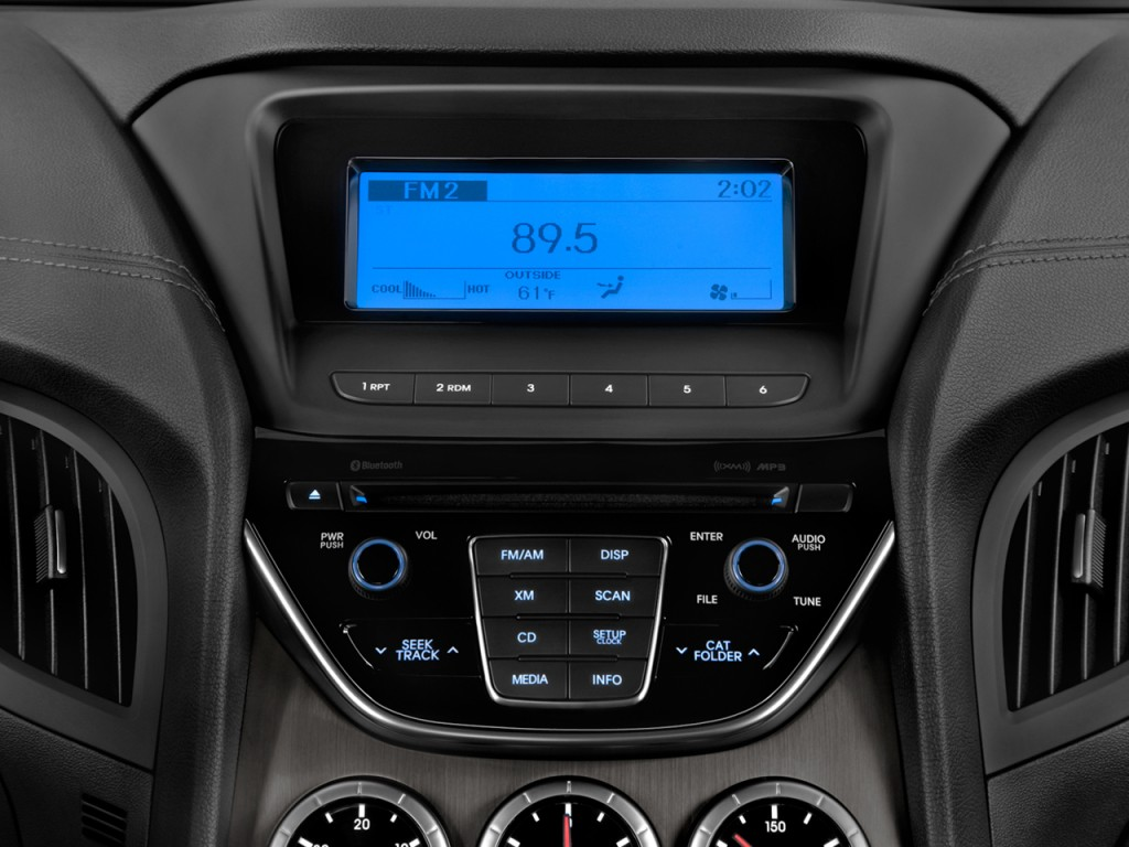 Image 2014 Hyundai Genesis Coupe 2 Door I4 2 0t Auto