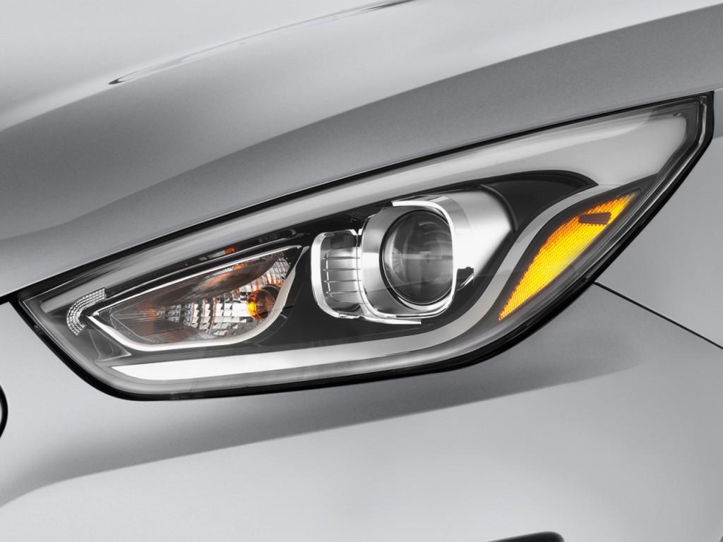 Image 2014 Hyundai Tucson Awd 4 Door Se Headlight Size
