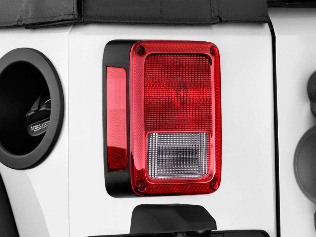 image 2014 jeep wrangler 4wd 2 door sport tail light. Black Bedroom Furniture Sets. Home Design Ideas