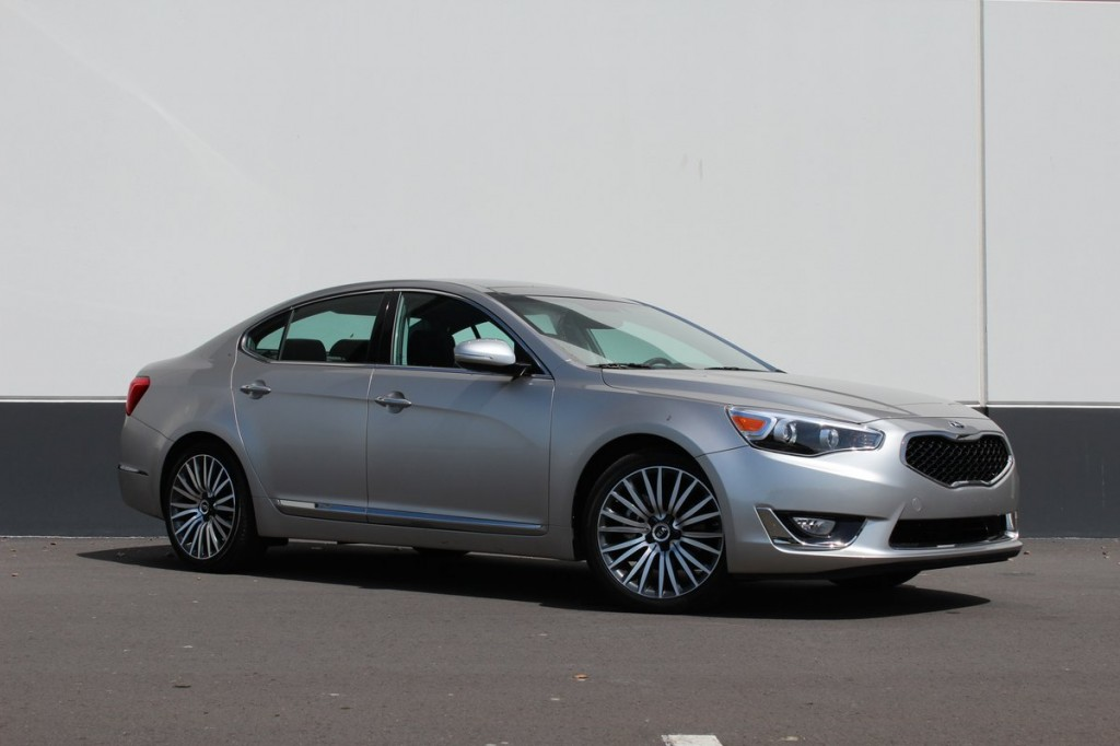 2014 Kia Cadenza  -  First Drive, April 2013