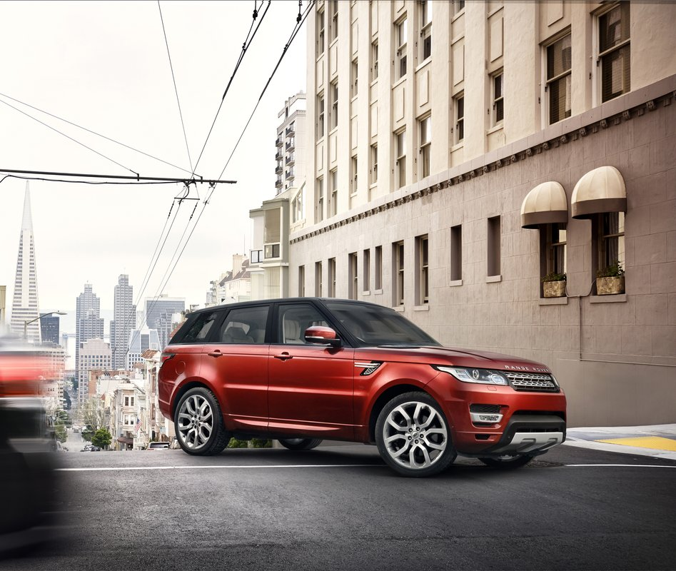 Land Rover Recalls More Than 100,000 Range Rovers For Brake Problems