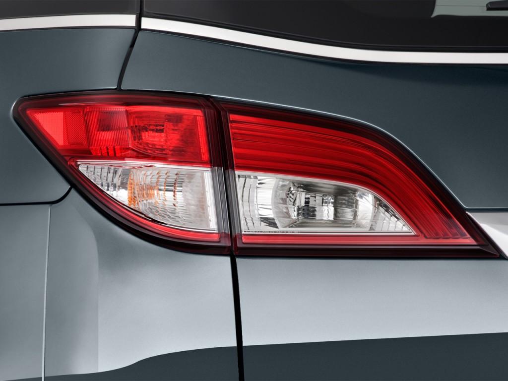 Nissan Quest Door Le Tail Light L