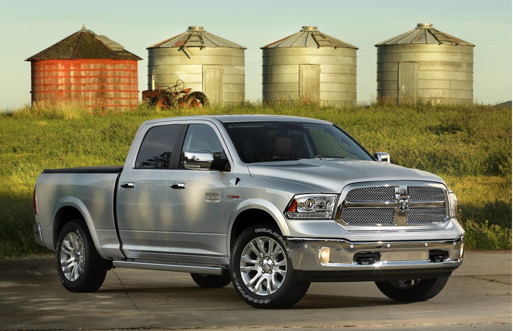 2014 Ram 1500 / 2500 Get Software Fix