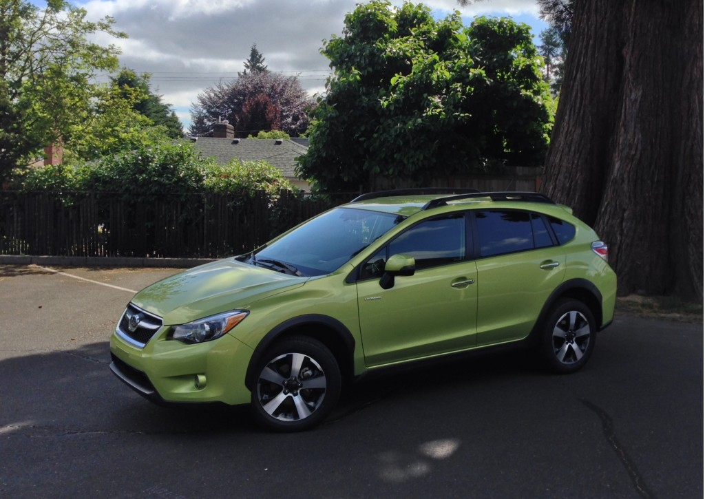 image 2014 subaru xv crosstrek hybrid quick drive july. Black Bedroom Furniture Sets. Home Design Ideas