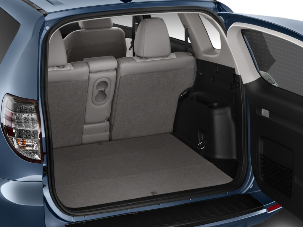 image 2014 toyota rav4 ev fwd 4 door trunk size 1024 x 768 type gif posted on november 21. Black Bedroom Furniture Sets. Home Design Ideas