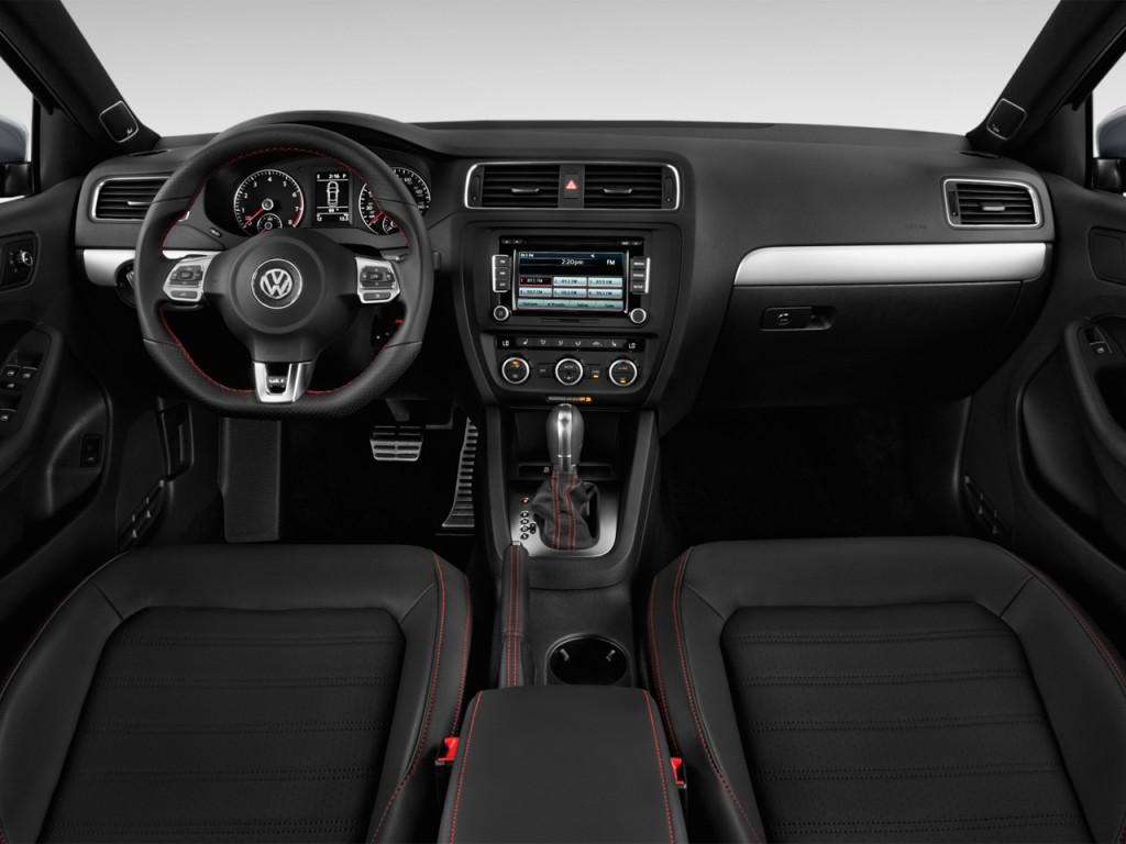 image  volkswagen jetta sedan  door dsg gli dashboard size    type gif posted