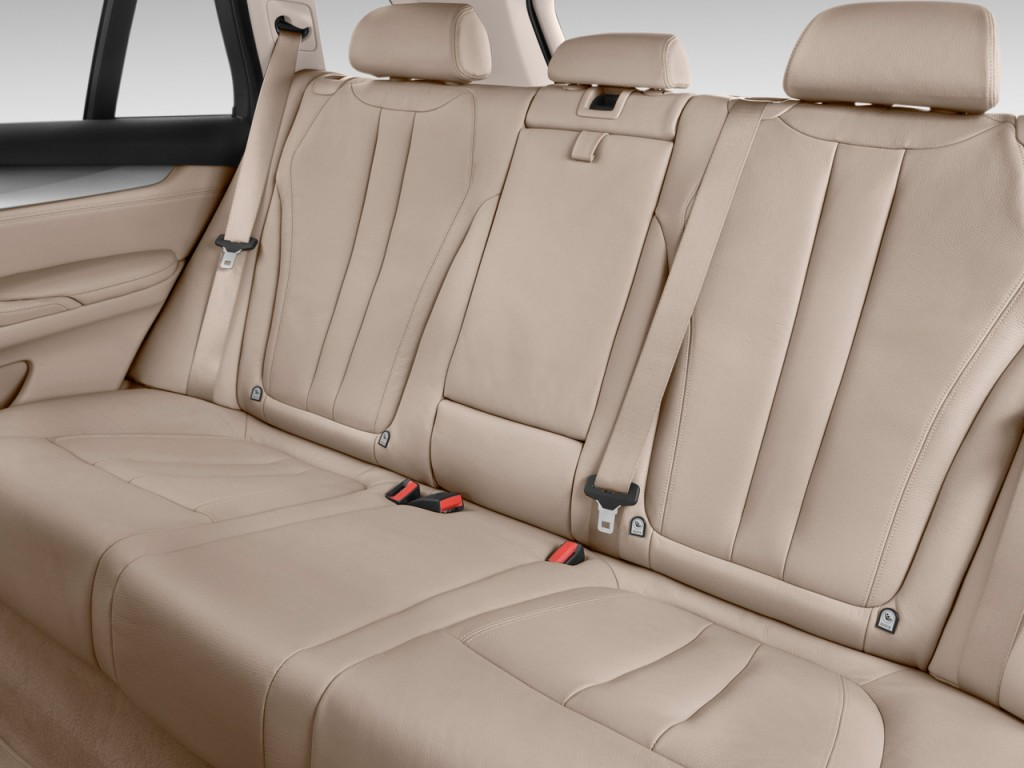 Image: 2015 BMW X5 AWD 4-door xDrive35d Rear Seats, size: 1024 x 768, type: gif, posted on ...