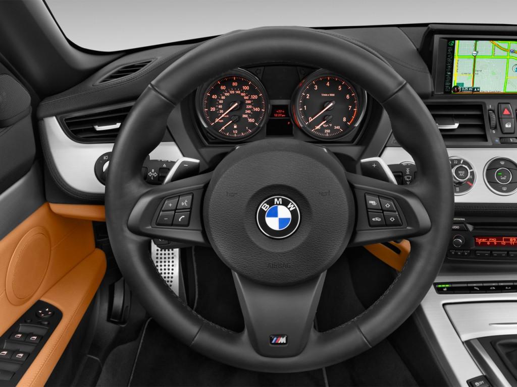 Image 2015 Bmw Z4 2 Door Roadster Sdrive35is Steering