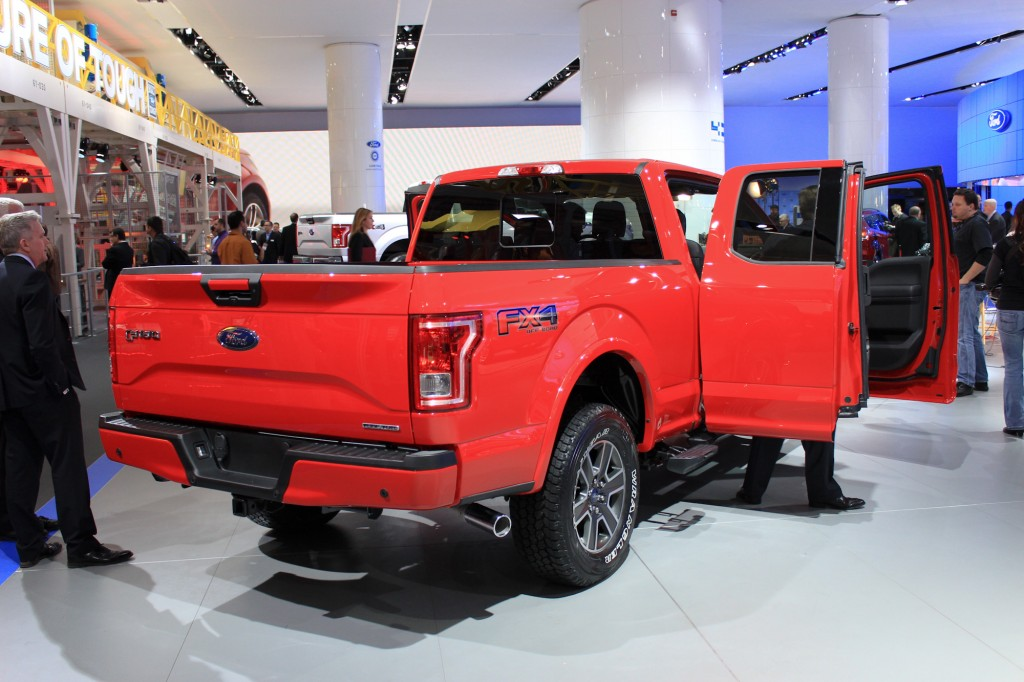 2015 Ford F-150 live photos, 2014 Detroit Auto Show