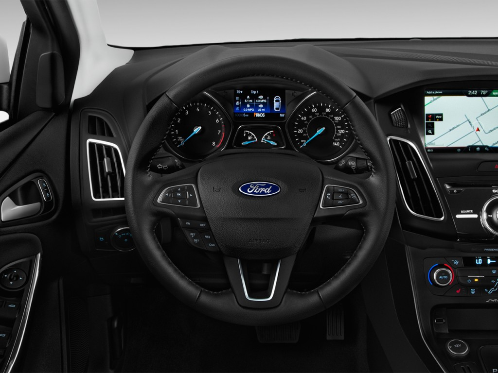 image 2015 ford focus 4 door sedan titanium steering wheel size 1024 x 768 type gif posted. Black Bedroom Furniture Sets. Home Design Ideas